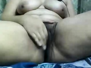 Indian aunty gets dirty on webcam